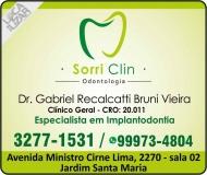 CIRURGIÃO DENTISTA GABRIEL RECALCATTI BRUNI VIEIRA / IMPLANTODONTISTA / SORRI CLIN